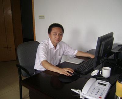 江苏何先生